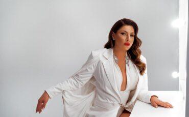 Η Έλενα Παπαρίζου στο Νο1 των ελληνικών ραδιοφώνων!
