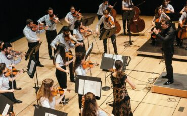 Φωνές Θιάσου: Το νέο album του Σταύρου Σιόλα