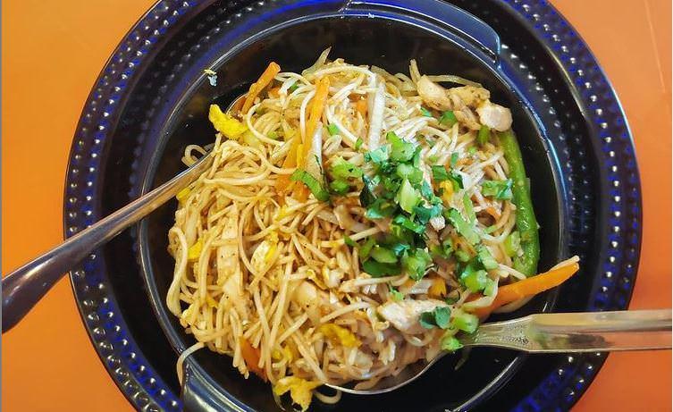 Συνταγή για noodles με κοτόπουλο από την Άννα Παπαπούλιου