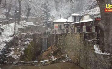 Πήλιο: Ο express χιονιάς ήταν αρκετός για να δημιουργήσει ένα παραμυθένιο σκηνικό (video)