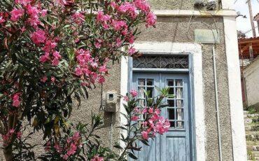 Μόλυβος: Ταξίδι στο γραφικό χωριό της Μυτιλήνης