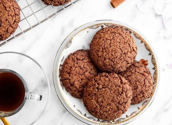 Συνταγή για νηστίσιμα μπισκότα κανέλας