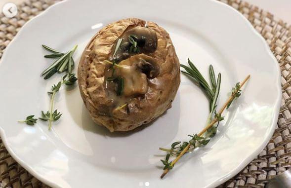Νηστίσιμη συνταγή για πατάτες φούρνου με μανιτάρια
