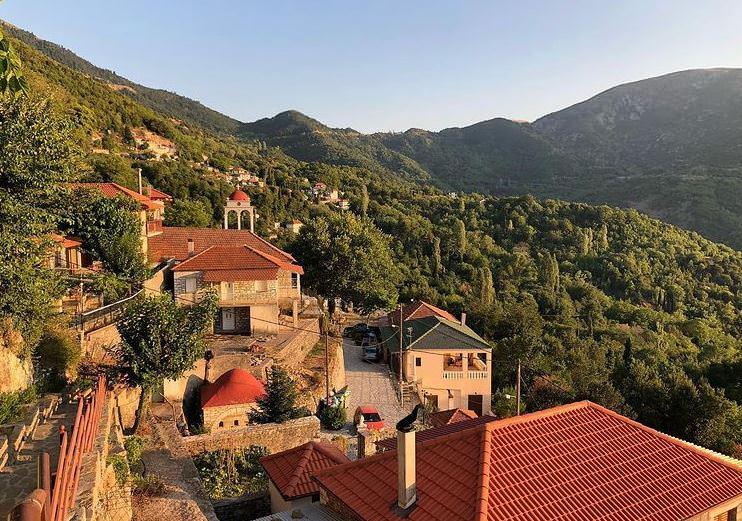 Πέρκος: Ταξίδι στο άγνωστο χωριό της ορεινής Ναυπακτίας