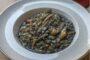 Νηστίσιμη συνταγή για σουπιές με χόρτα