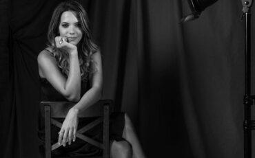 """""""Τα Αφανέρωτα"""": Το νέο album της Σουσάνας Τρυφιάτη"""
