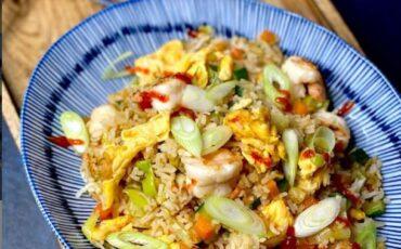 Συνταγή για τηγανητό ρύζι με λαχανικά!