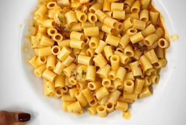 Συνταγή για χταποδάκι με κοφτό μακαρόνι