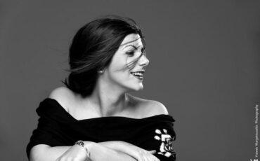 """Αγγέλω Σφέτσου -""""Ουράνιο Τόξο"""": Ένα φωτεινό τραγούδι ελπίδας"""