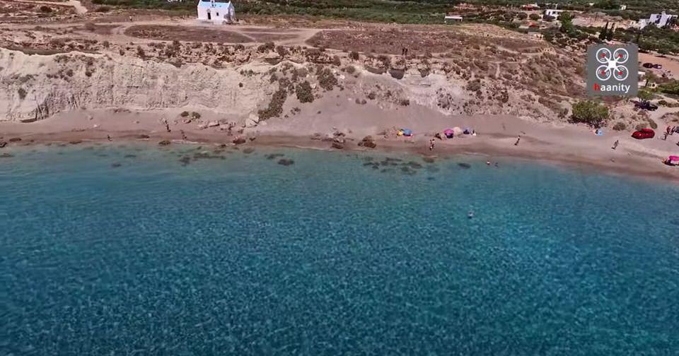Φυσικό... σπα: Αυτή η παραλία στο Λιβυκό Πέλαγος κρύβει το απόλυτο μυστικό ομορφιάς