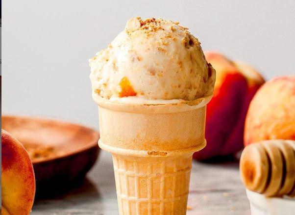 Συνταγή για παγωτό ροδάκινο με δύο υλικά!