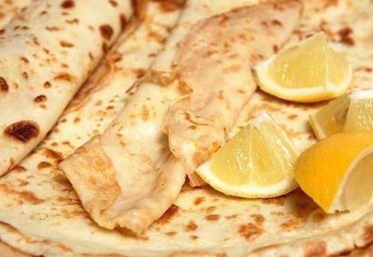 Συνταγή για σπιτικές κρέπες με κρέμα λεμονιού!