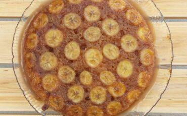 Συνταγή για ανάποδη τάρτα με μπανάνες και καραμέλα!