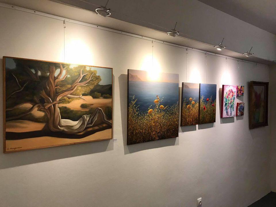 Η Γκαλερί Art Place – Kyriakos Petalidis με χαρά παρουσιάζει την ομαδική έκθεση: «Η Φύση Έχει Κέφια»