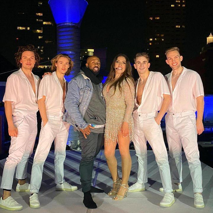 Η Έλενα Παπαρίζου μάγεψε την Ευρώπη με την εμφάνισή της στη Eurovision!