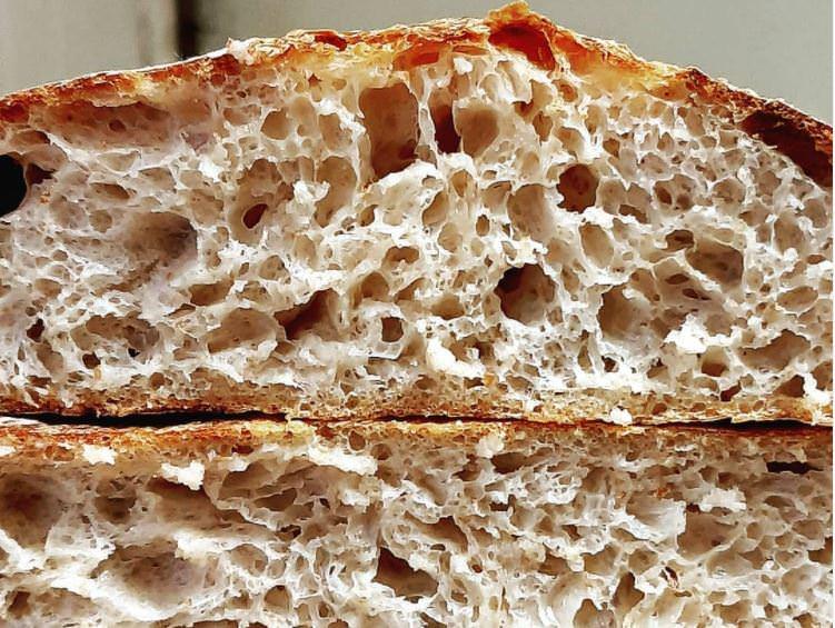 Συνταγή για σπιτικό ψωμί με γιαούρτι