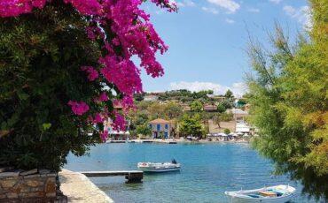 Τριζόνια: Αυτό είναι το ελληνικό νησί που ήθελε να αγοράσει ο Ωνάσης πριν τον Σκορπιό!