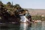 Ταξίδι στην Λέσβο: Βουτιές στην μαγευτική παραλία του Αγίου Ερμογένη