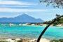 Οι 8 παραλίες της Χαλκιδικής που επιβάλλεται να κάνεις μία βουτιά!