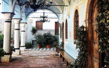Ιερός Ναός Ταξιαρχών της Χίου: Ταξίδι σε μία από τις παλαιότερες χριστιανικές εκκλησίες της Ελλάδας