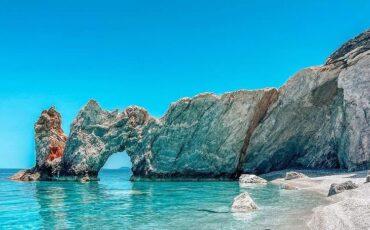 Οι 8 καλύτερες παραλίες της Σκιάθου για βουτιές!