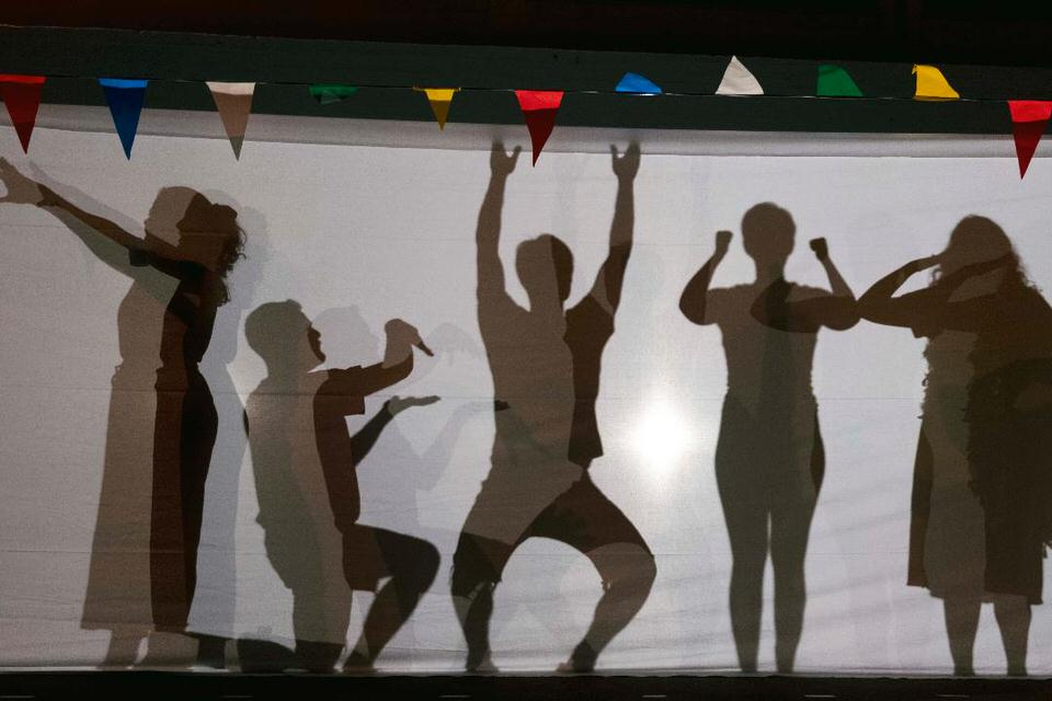 «O θίασος Velatura ΣΤΗΝ ΠΛΑΤΕΙΑ» σε συνεργασία με την Εθνική Λυρική Σκηνή, στο πλαίσιο του Φεστιβάλ «Λυρικός Νότος»