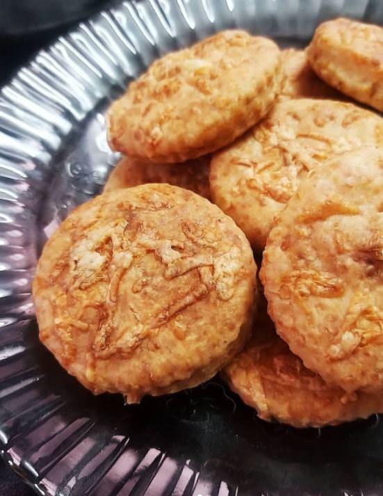 Συνταγή για μπισκότα με τσένταρ