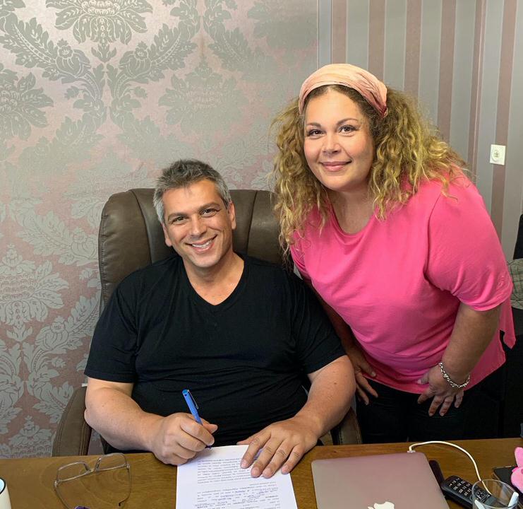 """Η Νταίζη Λεμπέση στην ομάδα της """"CREAMY W"""" που επεκτείνει τις δραστηριότητες της στην Ελλάδα"""