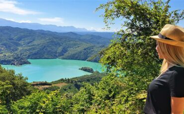 Το travelgirl.gr σου παρουσιάζει την τεχνητή λίμνη Πουρναρίου και τις δραστηριότητες που μπορείς να κάνεις