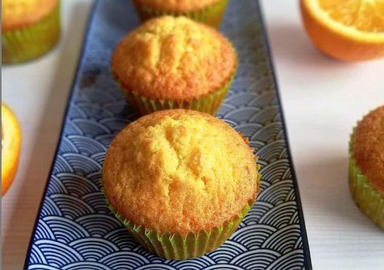 Συνταγή για muffins με πορτοκάλι και αποξηραμένα κράνμπερι!