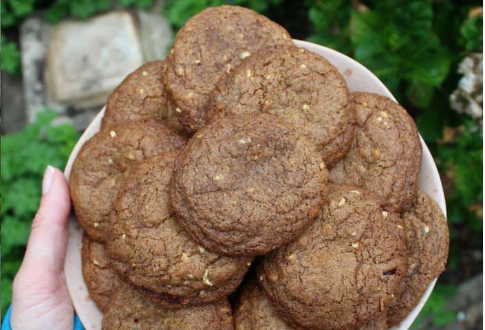 Συνταγή για σοκολατένια cookies με τσίλι!