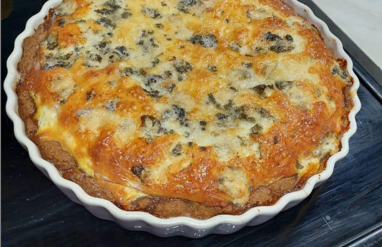Συνταγή για αλμυρά ταρτάκια με τυρί και γαλοπούλα