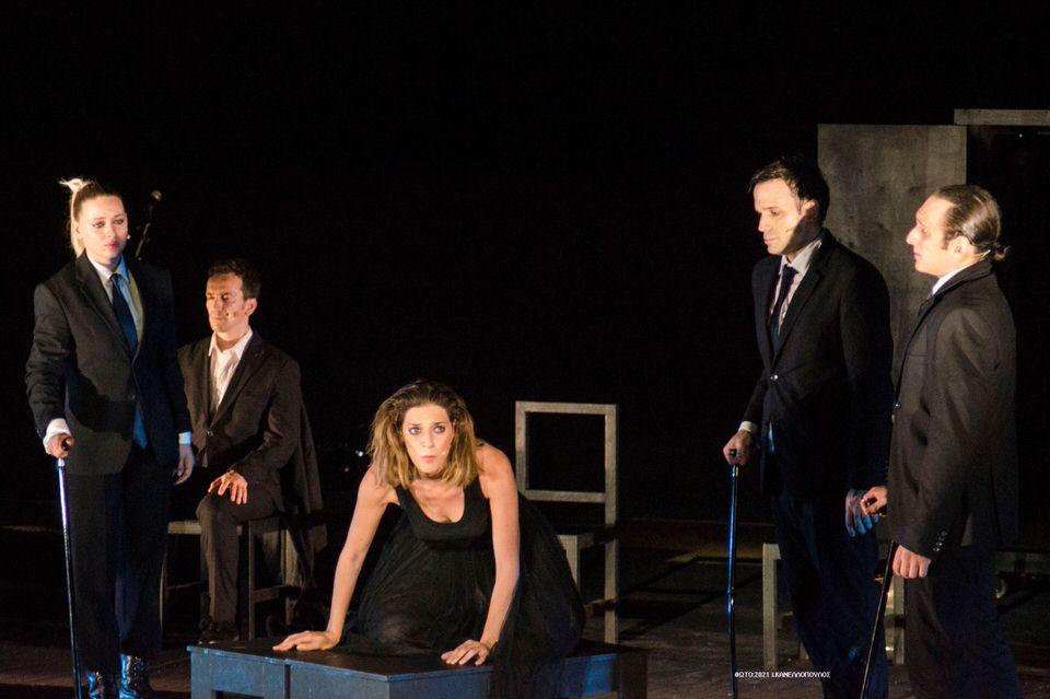 Αντιγόνη: Τελευταίες παραστάσεις τον Σεπτέμβρη