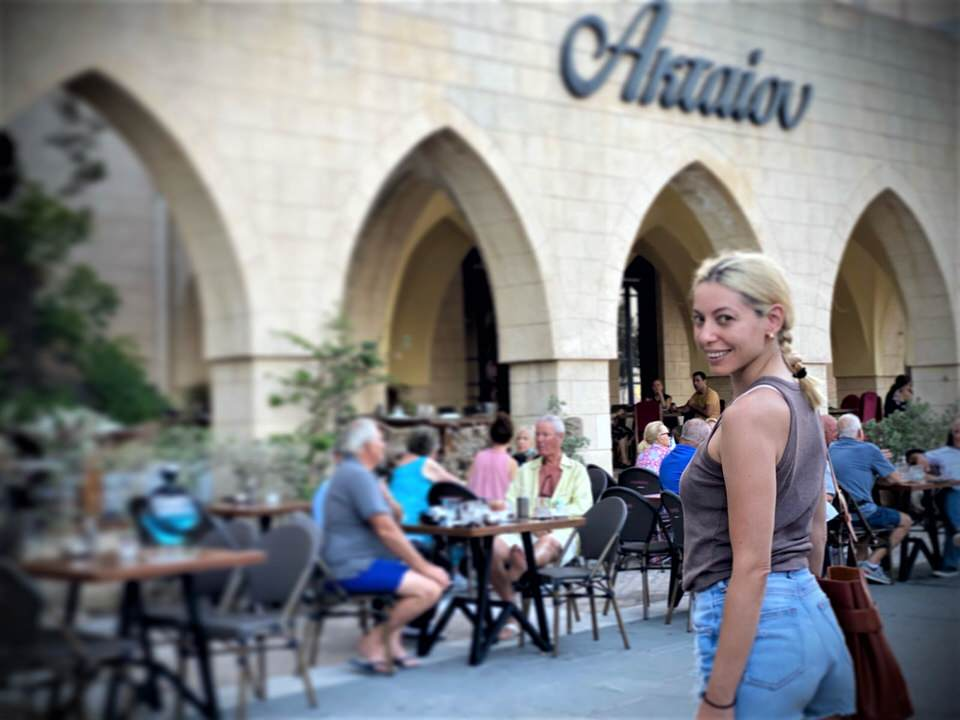 Ακταίον: Το εμβληματικό σημείο συνάντησης Ελλήνων και ξένων επισκεπτών στη Ρόδο