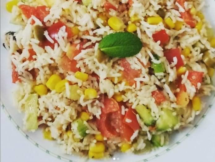 Συνταγή για ρυζοσαλάτα με τόνο