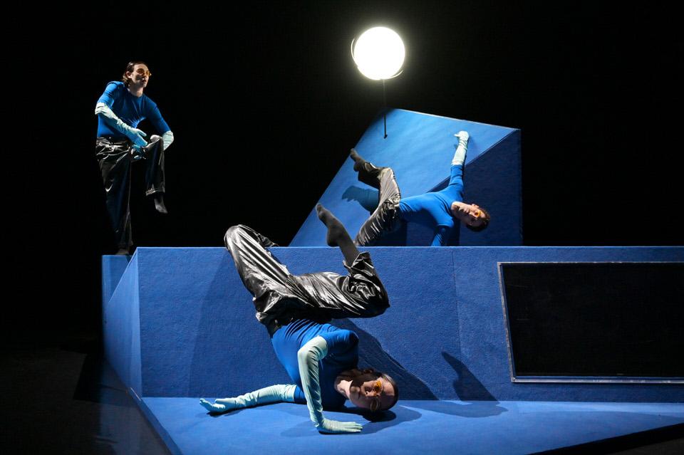 Το Μπαλέτο της ΕΛΣ παρουσιάζει το MicroDances στις 9 και 10 Οκτωβρίου, σε Μουσείο Ακρόπολης, ΕΜΣΤ και ΚΠΙΣΝ - ΕΛΣ