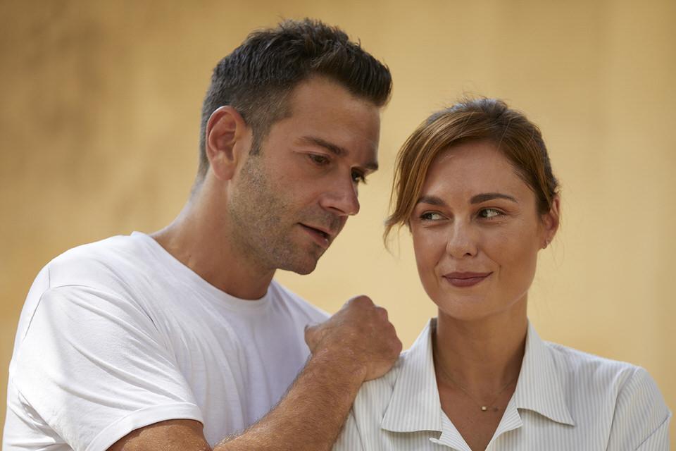 """""""Θέλω να σου κρατάω το χέρι """"του Τάσου Ιορδανίδη από 22 Οκτωβρίου στο θέατρο Άλφα - Ληναίος-Φωτίου"""