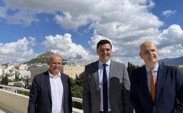 Συμφωνία Βασίλη Κικίλια με ανώτατα στελέχη της TUI για έναρξη δραστηριότητας στην Ελλάδα το Μάρτιο του 2022