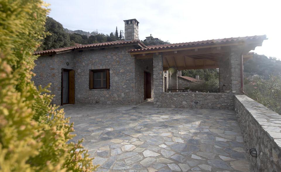 Villa Margarita: Ονειρεμένη διαμονή στην πέτρινη μεζονέτα της Αράχωβας